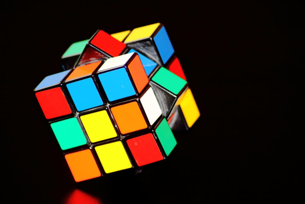 magic-cube-cube-puzzle-play-54101